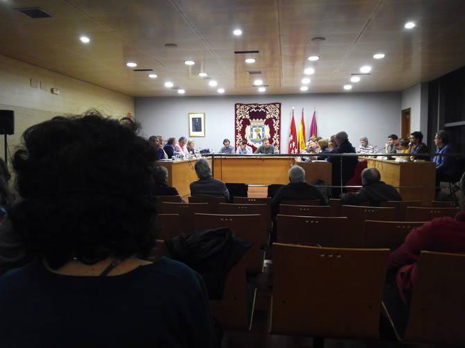 Menos público que en sesiones anteriores en el último Pleno de la Junta de Retiro.