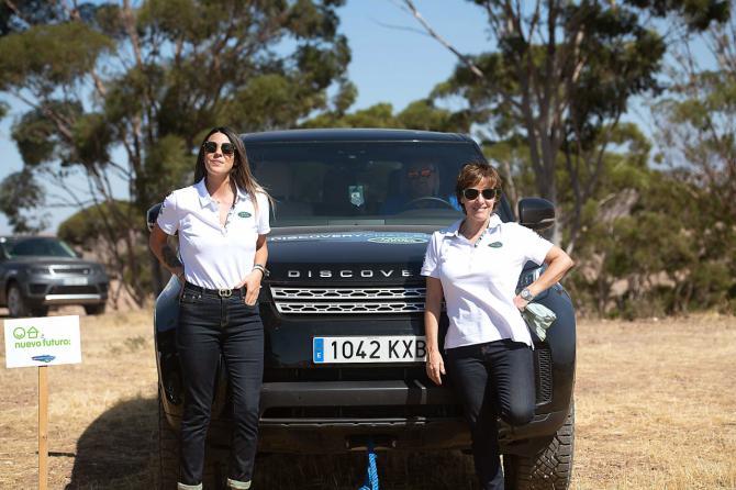 Matamoros y Alonso, vencedoras del 'Land Rover Discovery Challenge'