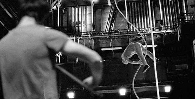 'Le vide', el mito de Sísifo con una cuerda