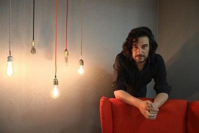 Jabois se pasa a la novela con 'Malaherba'