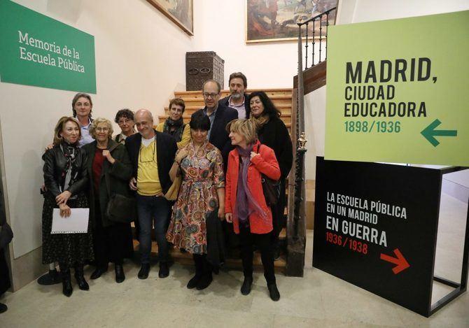 El Museo de Historia acoge esta muestra, desde el 23 de marzo y hasta el 1 de septiembre, organizada por la oficina de Derechos Humanos y Memoria del Ayuntamiento de Madrid con el comisariado de la Fundación Ángel Llorca y la catedrática de Historia de la Educación María del Mar del Pozo y la colaboración de más de 30 escuelas históricas madrileñas.