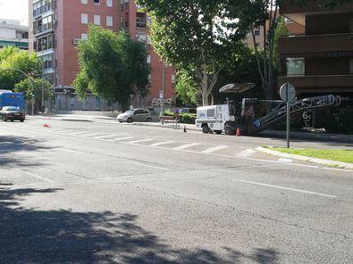 El asfalto llega a los baches de Hortaleza