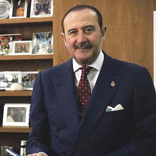 El Dr. Manuel de la Torre es jefe de servicio de Neurología del hospital Ruber Juan Bravo.