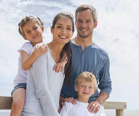 Una dieta rica en fibra, la actividad física moderada y la ingesta de comprimidos de carbonato de magnesio ayudan a paliar los efectos del estreñimiento durante las vacaciones.