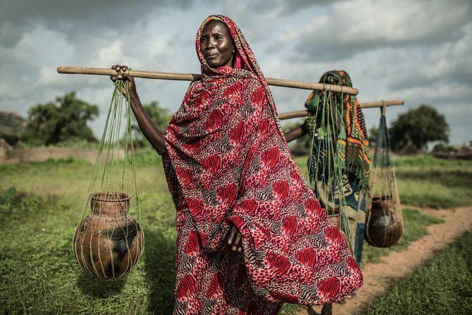Cada 18 visualizaciones del vídeo del tema 'Agua' en YouTube equivalen a llevar un litro de agua a localidades remotas del Cuerno de África.