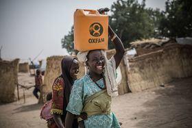 Oxfam Intermón es una ONG experta en proveer agua potable, higiene y saneamiento. En el último año ha atendido a más de 15 millones de personas en situación de emergencia.