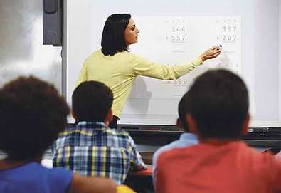 Un 15% de aulas aún sin pizarra digital