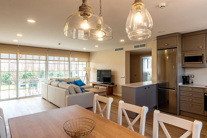 Foto del interior de PortAventura Dreams Village.