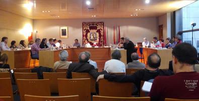 Más acuerdos que público en el Pleno de Retiro