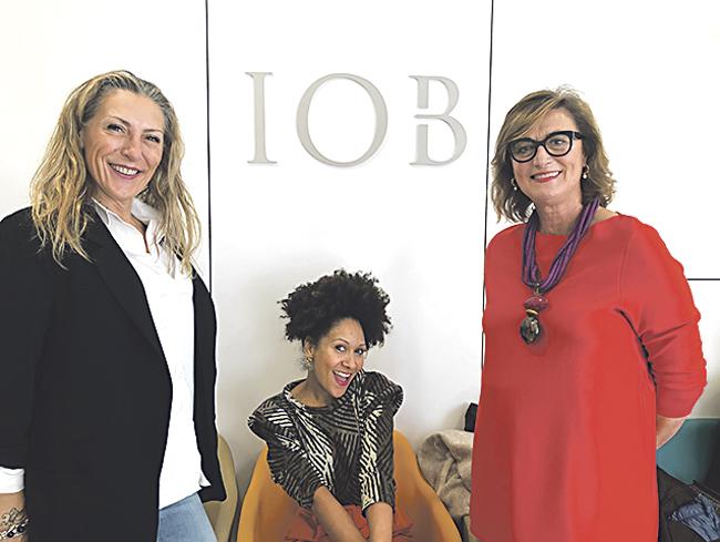 Almudena González, experta en micropigmentación; Duduyemi Afuye, 'coach' de imagen emocional y Susana Macpherson, estilista y asesora de imagen.