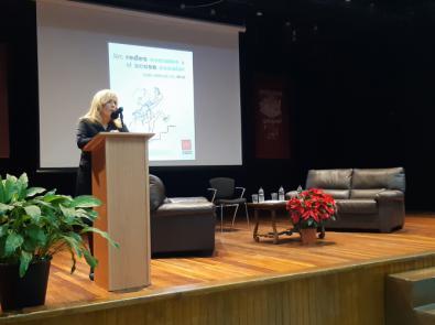 La Comunidad organiza un encuentro sobre el uso responsable de las TIC en las aulas