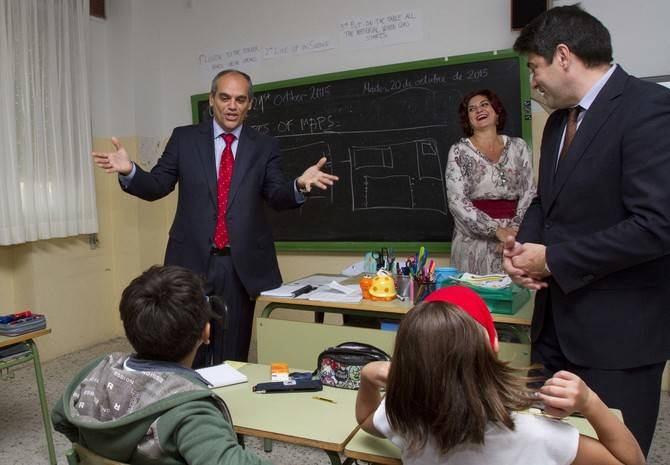 Eñ consejero de Educación ha anunciado que se realizará un prueba de idiomas entre los alumnos de 2º de la ESO.ken