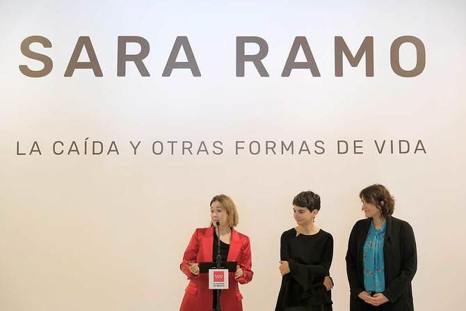 La consejera de Cultura, Marta Rivera de la Cruz, durante la presentación de la exposición de Sara Ramo.