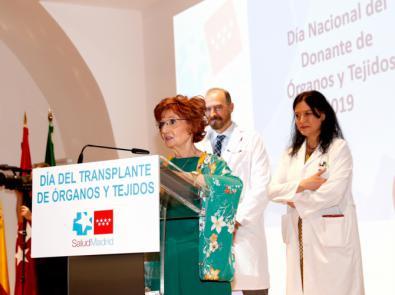 Homenaje a la paciente trasplantada más longeva