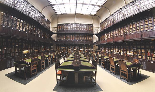 Gavinet, Campoamor, Clarín, Pardo Bazán o Azorín escribieron parte de sus obras en la bibilioteca del Ateneo.