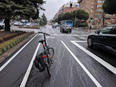 Críticas al carril bici de la calle de Toledo