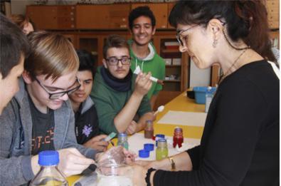 Ciencia para adolescentes del barrio, o experimenta con el CSIC