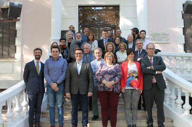 Aspirantes a concejales y diputados entre los políticos de la Junta de Hortaleza