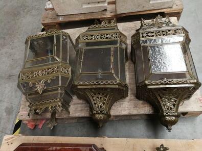 Uno de los muchos lotes que se subastarán procedentes del Almacén de la Villa Ayuntamiento de Madrid.