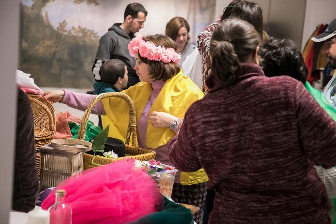 'El Prado para todos' es el programa destinado a promover la accesibilidad a los contenidos del museo para todos aquellos colectivos que precisan de apoyos y herramientas que estimulen su participación en la vida cultural.