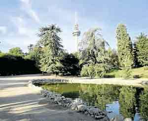Y para descansar o desconectar, el histórico parque de la Quinta de Fuente del Berro. El rincón favorito de muchos vecinos.