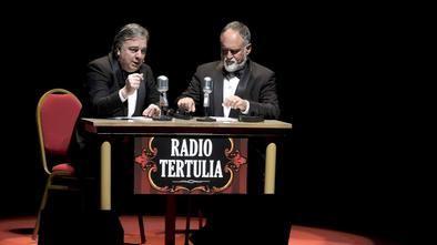 Bajo el hilo conductor de 'Radio Tertulia', se van montando piezas cuidadosamente elegidas e integradas al 'eje' del espectáculo para darles sentido.