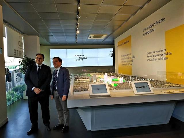 Para el candidato del PP a la alcaldía de Madrid, la exposición de Madrid Nuevo Norte es un 'ejercicio de transparencia' de los promotores que resulta 'elogiable'.