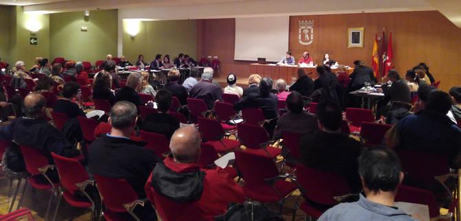 Buena afluencia de público en el Pleno de abril de Salamanca.