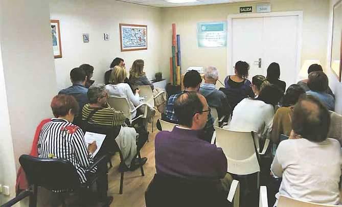 El Ruber Juan Bravo ha organizado siete 'talleres para pacientes afectadas de fibromialgia'.