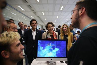 Son muchos los trámites de Extranjería que ya se pueden realizar por internet. Imagen de archivo de la ministra Magdalena Valerio.