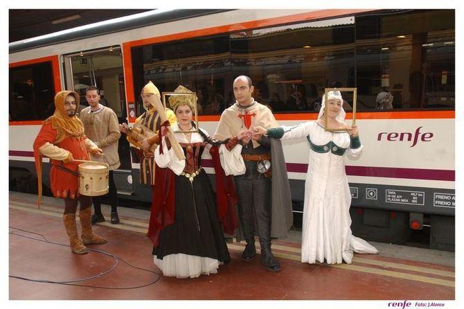El Tren Medieval regresa en primavera con una oferta turística, gastronómica y cultural completa. Los billetes para el primer viaje, el día 27 de abril, ya están a la venta.