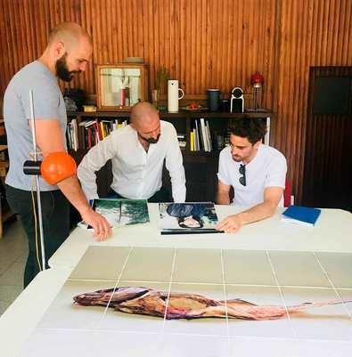 De los Santos visita la Academia de España en Roma para conocer el trabajo artístico de sus residentes